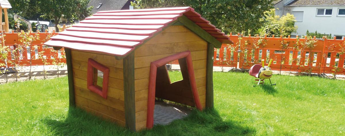 Spielhäuser aus Holz