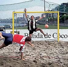 Beach-Handball-Tornetz aus Polypropylen (1 Paar), ca. 4 mm stark, MW 10 cm, gelb