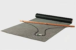Beschichtetes, engmaschiges Polyestergewebe für Tennisschleppnetze (1 Rolle), 3 mm stark, einlagig, Maschenweite 2 x 2 cm, schwarz